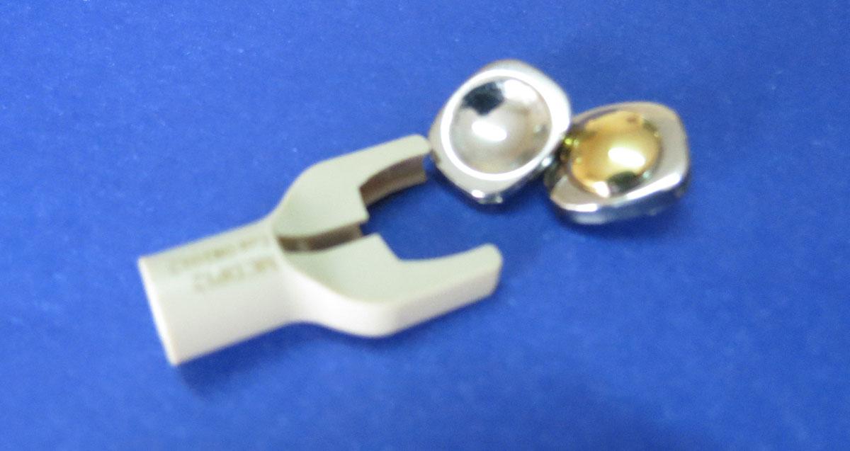 disco intervertebral movil con quilla